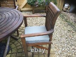 100% Teak heavy duty garden chairs 4 carvers & Table + wind up umbrella