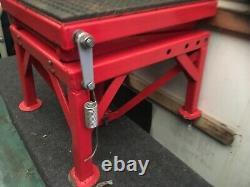 300LB Motorbike Motorcycle Jack Lift Table Bench Workshop Scissor Lifts Jack