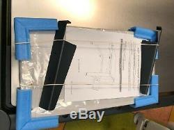 Anti-Vibration Table/Thorlabs Heavy Duty Laboratory Microscopy Science Desk/New