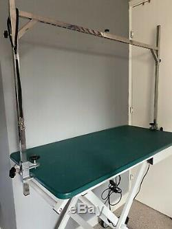 Electric Mobile Dog Grooming Table