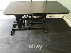Hydraulic Grooming Table with H bar
