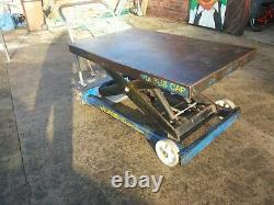 Mobile hydraulic work bench lifting platform table 1250 kgs -cash on collectio