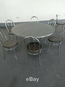 14 Tables De Cantine Et 58 Chaises En Acier