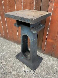 Anciennes Industriel Robuste Acier Machine Epaisse Support De Table De Base