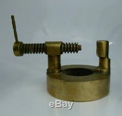 Antique Table Casse-noisette Heavy Duty Laiton Ww1 Art Trench 2,3 KG Industrielle