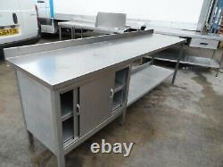 Armoire De Table En Acier Inoxydable Robuste 2650 X 650 MM £300 + Vat