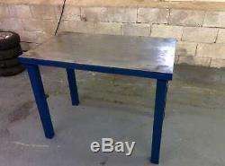 Atelier De Soudage Des Tables De Banc De Fabrication Pour Travaux Lourds