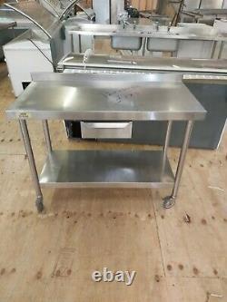Commercial En Acier Inoxydable Table De Travail Haut De Service Lourd Sur Roues Banc De Travail 120cm