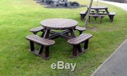 Edgemond Olympique 8 Seat Heavy Duty Table Pique-nique En Plastique Recyclé Fabriqué À Partir De