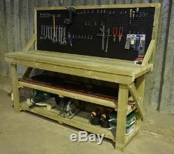 Établi En Bois De Garage Avec La Table Mobile Résistante Industrielle De Pegboard