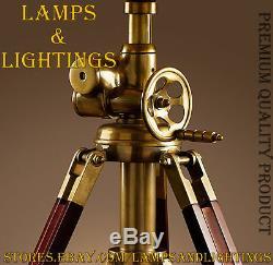 Lampe De Table À Usage Intensif Industrielle Faite Main De Conception, Restauration Hollywood
