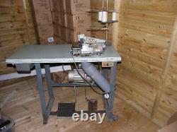 Machine À Coudre Overlocker Sur Table Heavy Duty Industrial (rimoldi) Three Thread