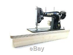 Pfaff 30 Machine À Coudre En Métal Extra-robuste Et Semi-industriel + Nouveau Moteur + 16 Tables