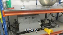 Robuste Machine À Pâte De Remplissage À Commande Pneumatique Includ Hvy. Tableau De Service