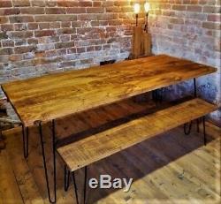 Salle À Manger Rustique Table Avec Fer Robuste Trois Pieds De Broches