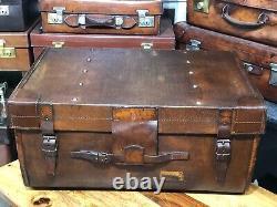 Superbe Coffre De Cabine De Vapeur Vintage En Cuir Et Toile Idéal Table Basse Bick Bro
