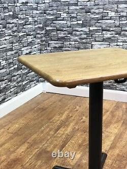 Table À Manger En Chêne Massif Résistant 700x600mm Restaurant Bistro Pub Bar