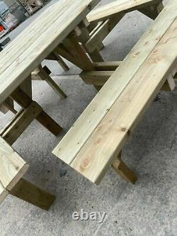Table De Pique-nique De 8 Seater En Bois Pub Carré De Duty Levée Banc Traité À Haute Pression
