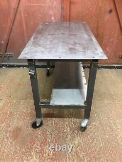 Table De Soudage 1250 X 600mm Banc De Travail Lourd. Nouveau