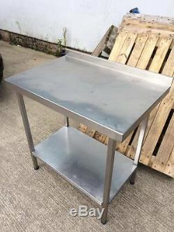 Table En Acier Inoxydable Commerciale Robuste / Établi